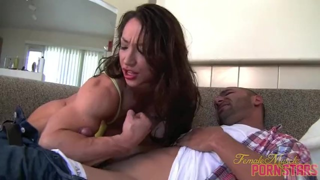 Black woman porn star Muscular porn star fucks up her pizza delivery guy