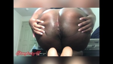 ebony spread asshole wide and farting