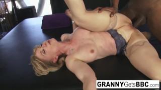 Big tits mom mp4