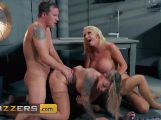 Brazzers – Phat ass busty babes Karma Rx & Lela Star & Nicolette Shea share
