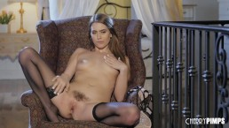 Natural Brunette Jill Kassidy Teases Her Pussy in a Magnificent Solo Show