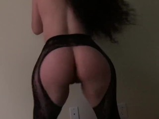 Shaking her fat ass on my hard dick