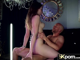 5KPorn – Busty Babe Melody Marks Facialed AND Creampied