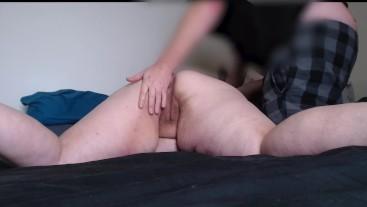 BROTHER MASSAGES BBW STEP SISTER & FINGER FUCKS HER UNTIL SHE SQUIRTS