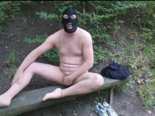 Masturbate/outdoor maske und auf