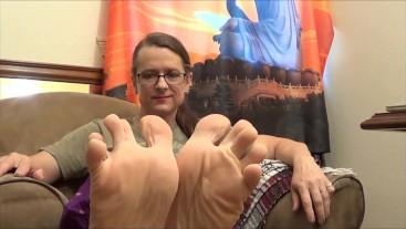 Applying Lotion to My Big Chunky Feet