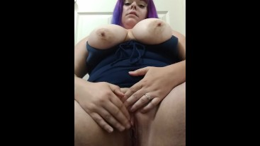 So wet & horny watch me squirt and CUM