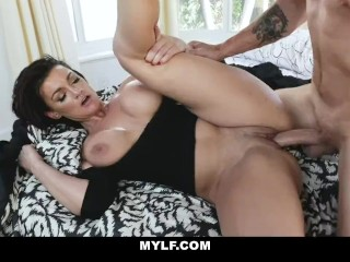 MYLF – Hot Milf Gets Pounded By Hot Young Stud