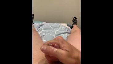 Wanking and blowing a load in slo mo!