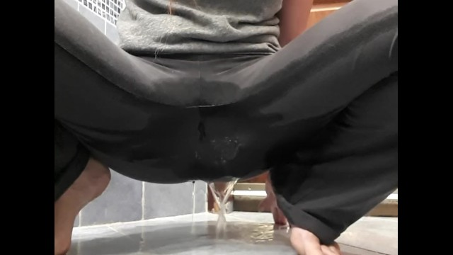 Amazing pantie pee piddle piss potty tinkle - Pee desperation in yoga pants ending up big puddle on the floor