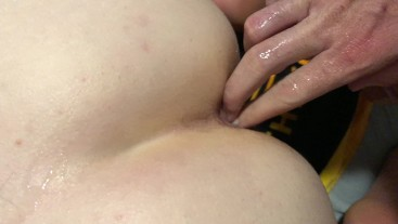 Playing With Her Ass Before Anal (Homemade)
