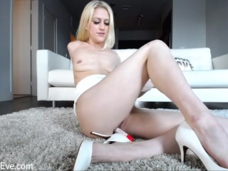 Blonde MILF Eve Laurence Sex Toy Cam Show Eve Lawrence