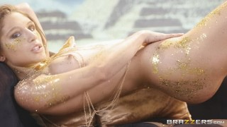 Brazzers - Queen pawg Abella Danger gets royal ass fucked in glitter