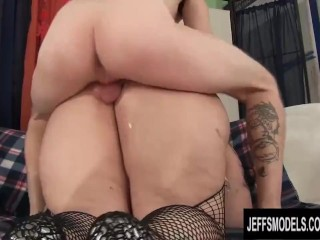 Experienced Becki Butterfly Sends a Skinny Man to BBW Heaven