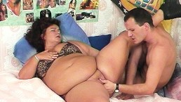 fat mom fucked by her toyboy