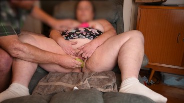 BROTHER SHAVES HIS CHUBBY BBW HAIRY STEP SISTER & INSERTS VEGETABLES