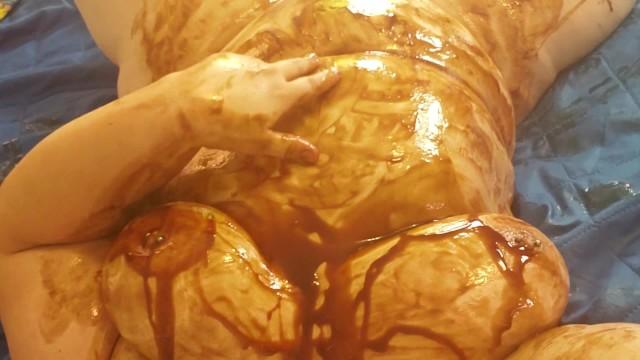 Chocolate syrup xxx Bbw gets messy chocolate syrup wam