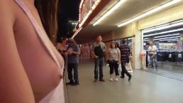 Teaser - Vegas Trip Packed Street Sideboob