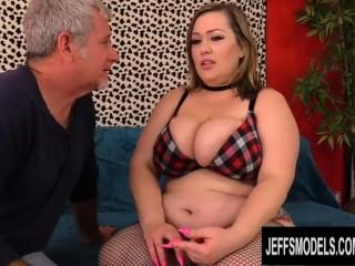 Worshiping Big Tits and Phat Ass BBW Bunny De La Cruz Before Boning Her Bunny De La Cruz