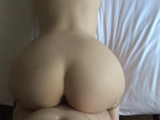 PAWG Has Multiple Orgasms Then Creampied Simultaneous Orgasms