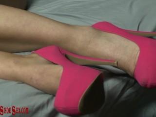 ErotiqueShoeSex ERIC JOHN fucks LONDON RIVER in her pink high heels cums Eric John, London River