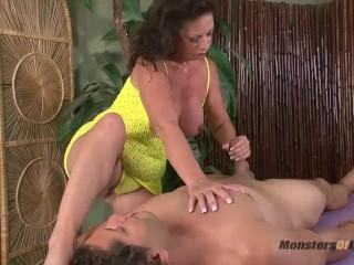 Penis Sucking Machine Fucking, Milf Massage and Blowjob Happy Ending Big Tits Brunette Blowjob MILF