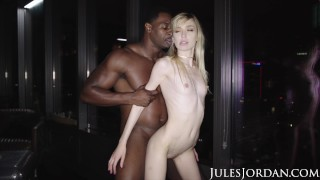 Jules Jordan - Mackenzie Moss' First Interracial