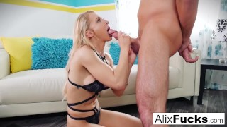 An amazing example of blow job skills by Alix Lynx