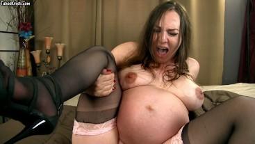 Porno dando a luz