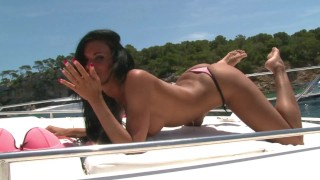 Tanned Hot Brunette´s sexy teasing show for Periscope turn into Strip show
