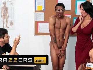 Perverzná učiteľka priniesla na výuku o sexe ozajstného černocha