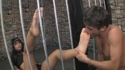 Hot Guard Makes Prisoner Worship Her Between Bars Feet Before Fucking Them