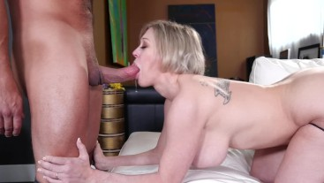Brad Newman fucks the perfect MILF Dee Williams