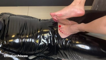 Slave gets a footjob and licks his own cum off my feet | LFP