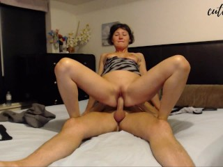 YOUNG MILF FUCKS RIDES COCK UNTIL CUM IN HER MOUTH THEN KISS HER GUY