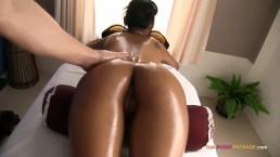 Happy ending finger fuck massage Asian babe