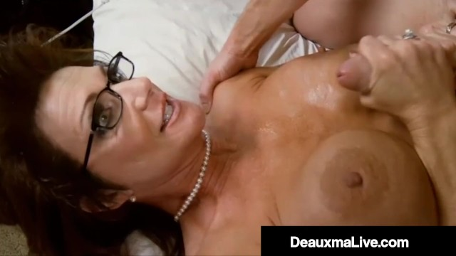 Kelly madison fucks Busty mommy deauxma bangs milf kelly madison husband