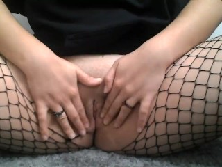 Goth Teen Wet Pussy Play