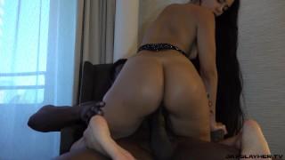 Colombian Queen Andreina Deluxe Loves Super Grande Dick
