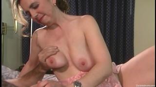 Real Amateur Big Tit Mom Does Her 1st Porn Video
