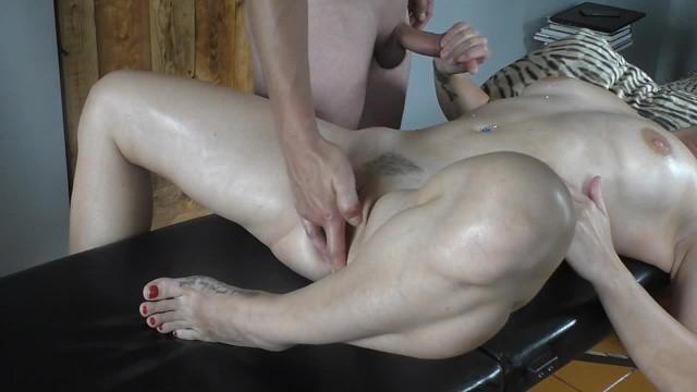 My wife loves to fuck policemen Oil massage hot masturbation on massage table fuck blowjob cumshot
