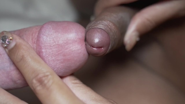 Shemale rubbing boyfriends 22 yr old shemale rubbing frotting w/ stepbrothers huge wet cock in slomo