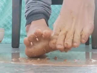 Hot Chocolate Toe Dip