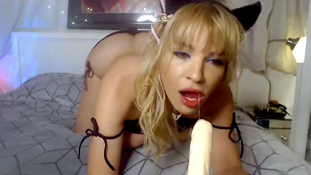CamSoda - Dana DeArmond Sexy MILF Kitten Costume Masturbation