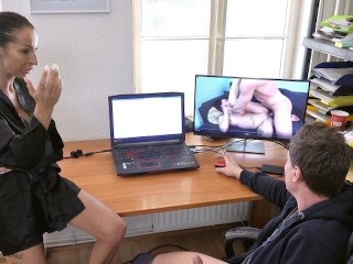 GERMAN STEPMOM CAUGHT SON WATCHING PORN AND FINISH HIM WITH BLOWJOB