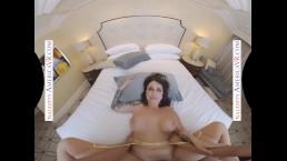 Naughty America - Ivy LeBelle Fucks you in VR
