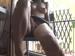 Close up orgasm : Masturbation in balcony France (14 Aug 2019)