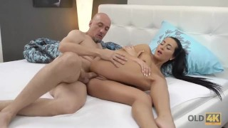 OLD4K. Only an old man is able to satisfy young insatiable girl