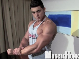 Young Beefy Muscle Stud showing off his big muscles and cock (15 Aug 2019)