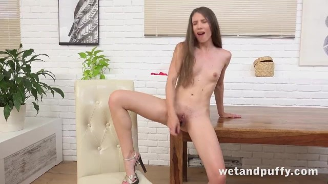 Teens Tender Pussy Fucked Hard With Toys